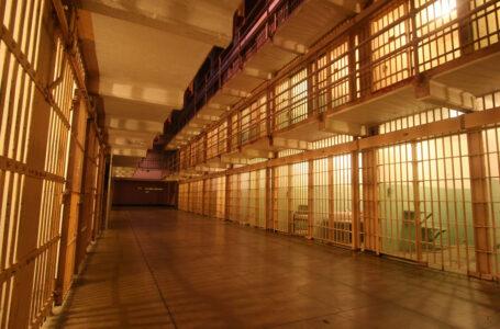 Permitirán visitas familiares en centros penitenciarios