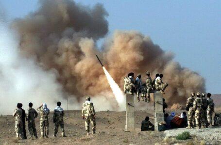 Varios misiles golpean una base aérea en Irak con tropas de EE.UU.