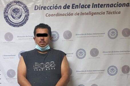 Detienen a ciudadano americano buscado por tráfico de metanfetamina