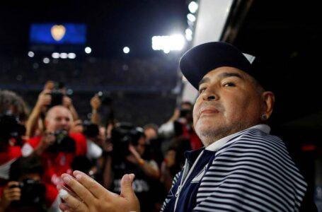 Peritos afirman que Maradona pudo haber tenido «más chances de sobrevida» sin el equipo médico «deficiente» que lo trató