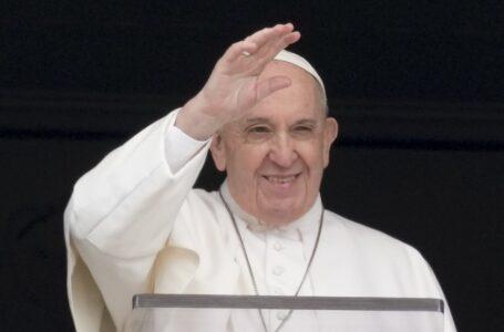 Papa Francisco alienta a buscar el amor y la unidad imitando a la Santísima Trinidad