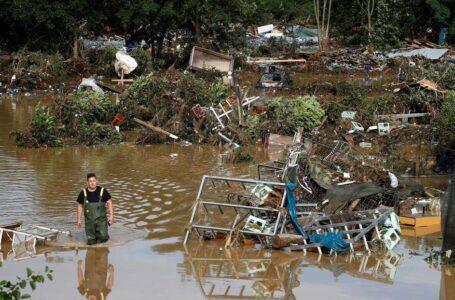 Las autoridades de Alemania estiman que unas 1.300 personas desaparecieron como resultado de las fuertes inundaciones
