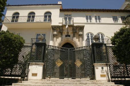 Un «doble suicidio» ensangrenta la antigua mansión de Gianni Versace