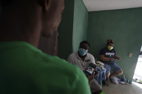 En México, algunos haitianos encuentran una mano amiga